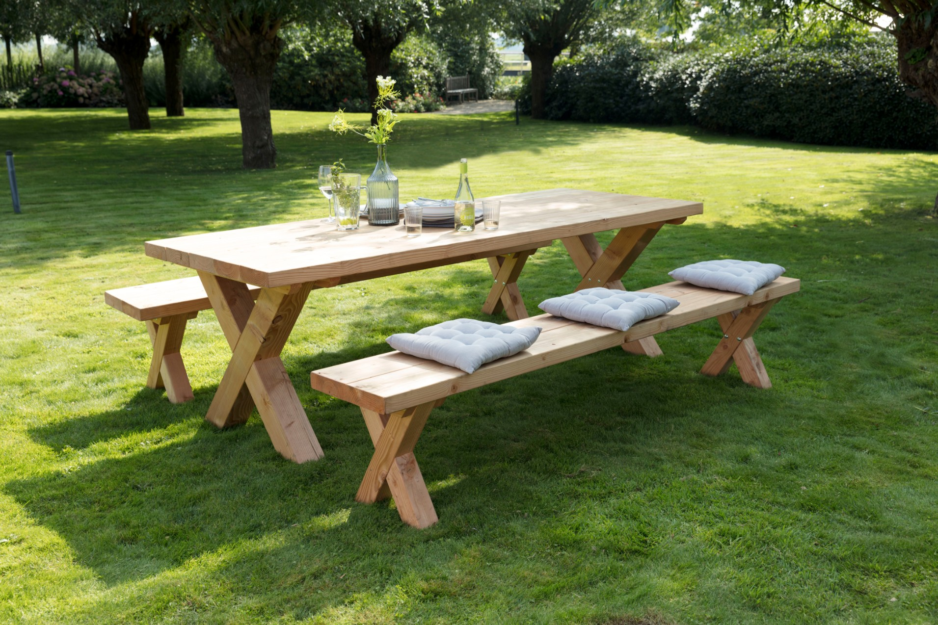 Picknicktafels en tuinmeubelen